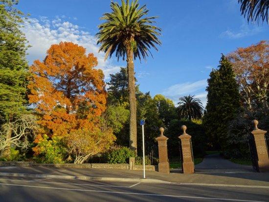 Нельсон, Новая Зеландия: Stylish entrance to Queens Gardens