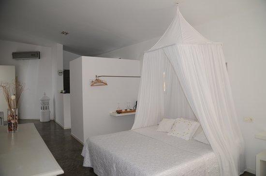 La maga rooms hotel xativa espagne voir les tarifs 5 for Hotels xativa espagne