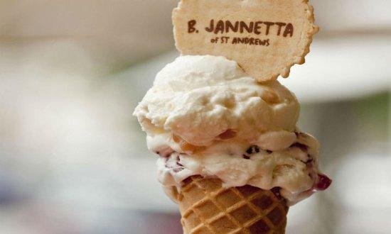 Auchterarder, UK: Award winning ice cream from Jannetta's (St Andrews)