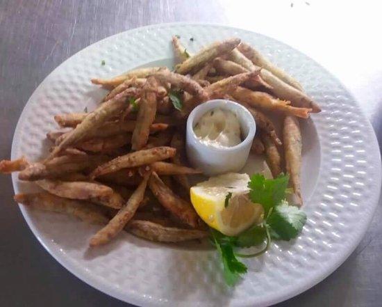 Avdimou, Chipre: Marida Fish!!