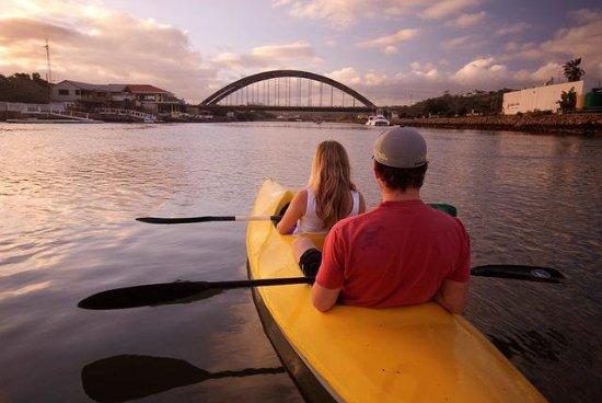 Halyards Hotel: Canoe rental offered