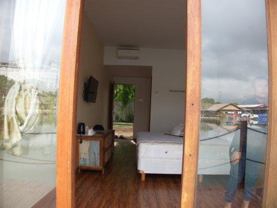 Batu Ampar, Indonésie : Normal room.