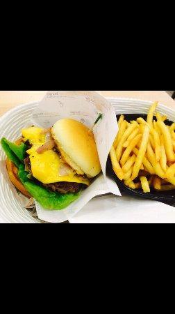 Omakase Burger รูปภาพ