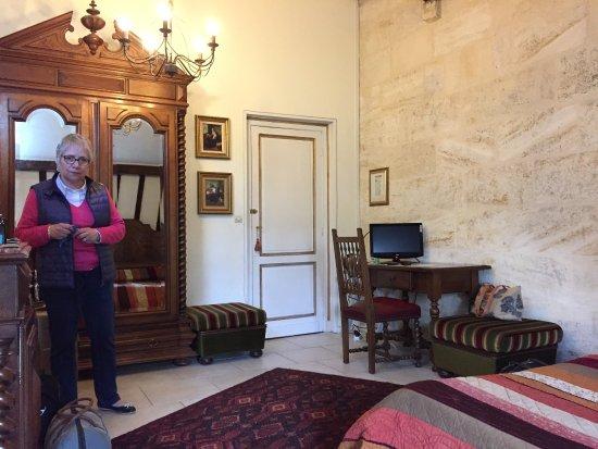 Bourg, Frankrike: Une chambre