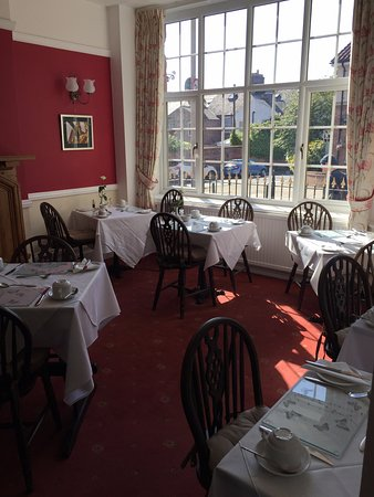 St. Raphael Guest House: Sala do café da manhã