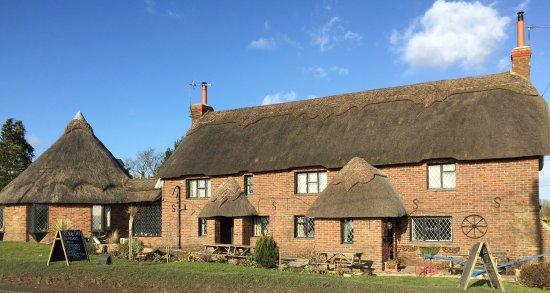 Drusilla's Inn: beautiful 20C thatched pub