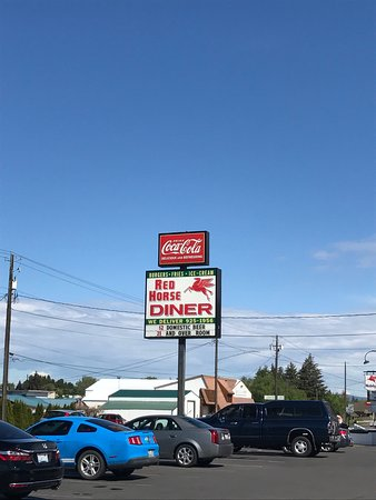 Red Horse Drive-In: photo0.jpg