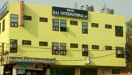 Hotel Raj International Deluxe