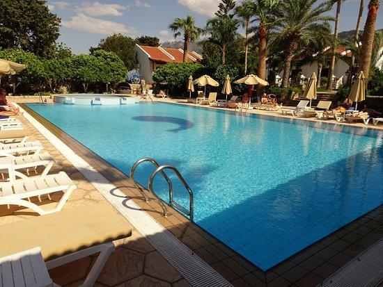 Almond Holiday Village: Pool area