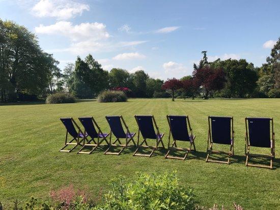 Stone, UK: Deckchairs !