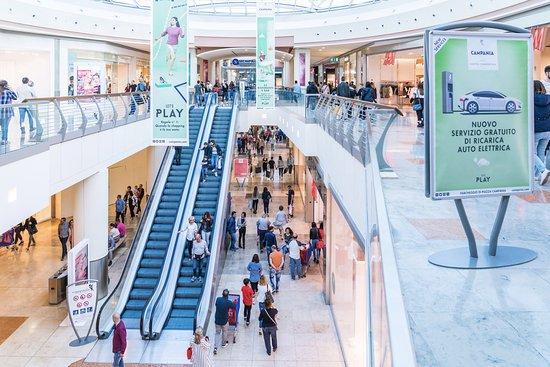 The anchor stores photo de centro commerciale campania for Centro commerciale campania negozi arredamento