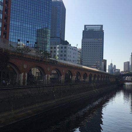 mAAch ecute Kanda Manseibashi: マーチエキュート神田万世橋