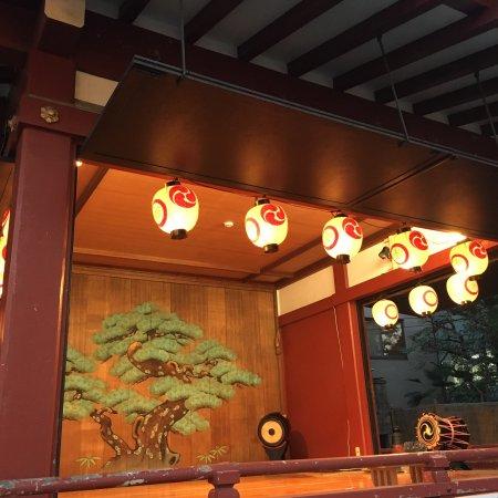 Asakusa Shrine : 三社祭の日の境内