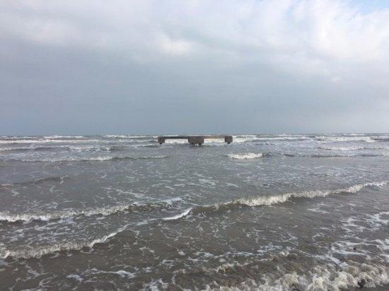 Holiday Inn Club Vacations Galveston Beach Resort: View from beach 2017 stay