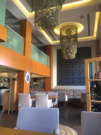 D & B Cafe Restaurant: photo2.jpg