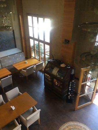 D & B Cafe Restaurant: photo4.jpg