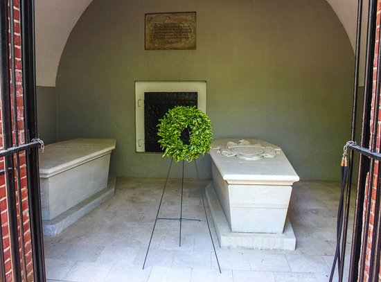 Mount Vernon, Βιρτζίνια: George and Martha Washington tomb.