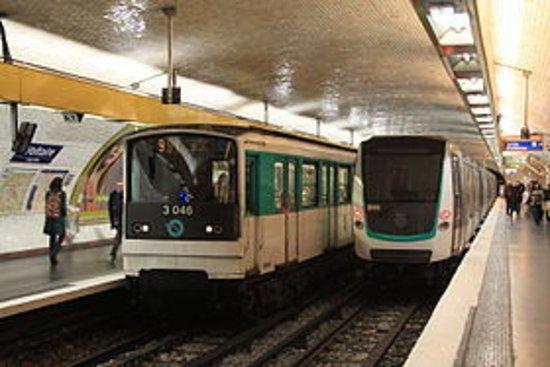 Paris Metro: ligne_metro_9_large.jpg