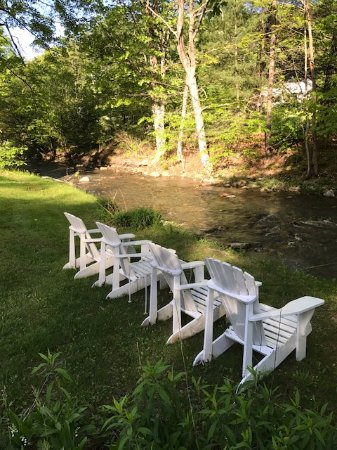 Williamstown, MA: Chairs by the river