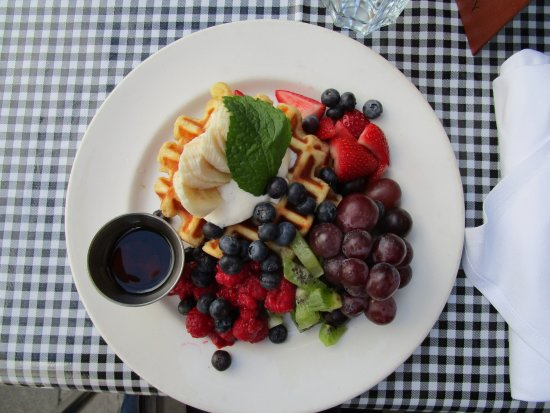 Teahouse in Stanley Park: The Belgian waffles