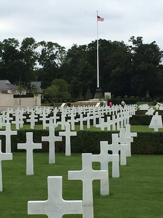 Cambridge American Cemetery and Memorial: photo0.jpg