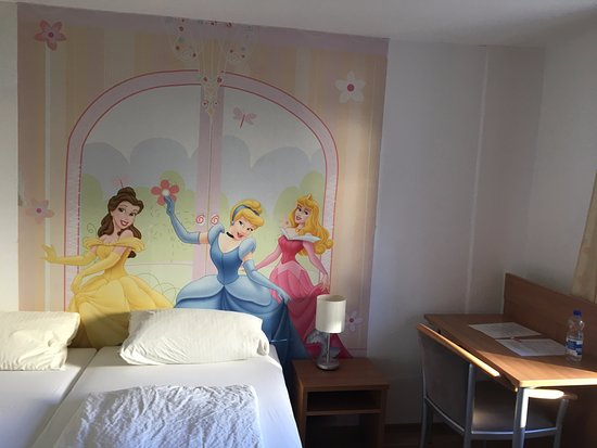 Geislingen, Germany: Disney room