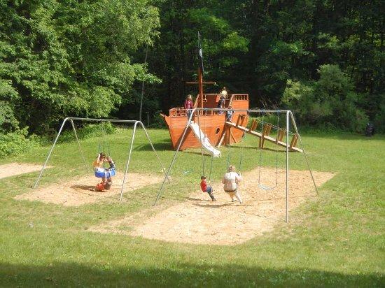 Harrison, MI: Playground