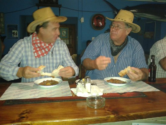 Hibberdene, South Africa: We had a lovely time with the Cowboy Stew!