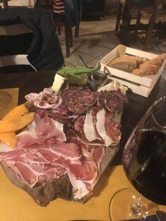 Scansano, Italy: La Fiaschetteria? Una gradita sorpresa! Le portate sono ricercate ma semplici, sapori unici, imp