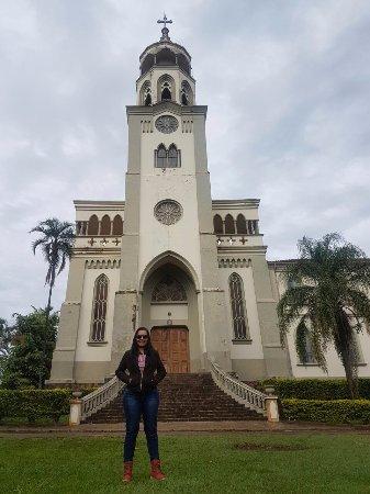 Claraval, MG: frente do mosteiro