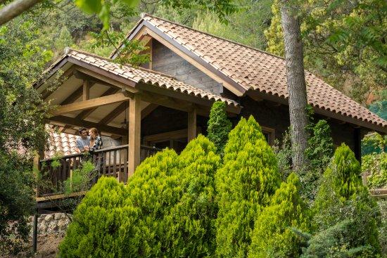 Camping Montagut : Cabaña de madera