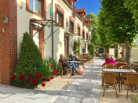 Thury, France : photo0.jpg