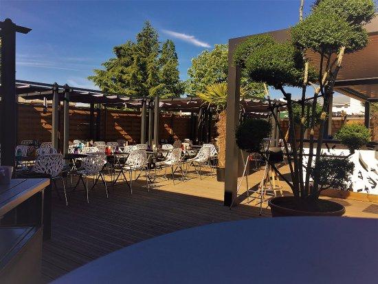 Chassieu, فرنسا: Terrasse Ombragée de TED MIDI AFTERWOK SOIR