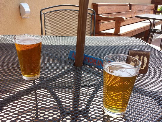 Palisade, CO: Beer on the patio