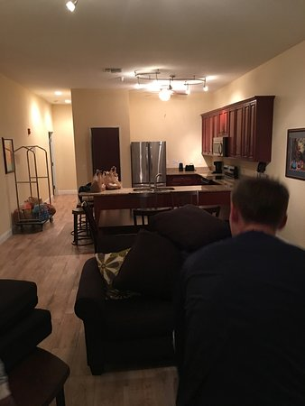 Tavares, Flórida: Kitchen and Living Room