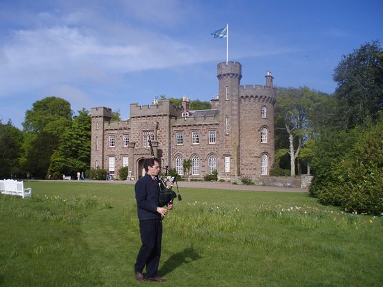 Dunninald Castle and Gardens