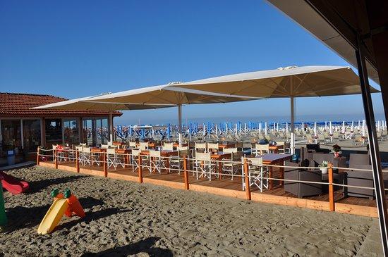 Viareggio bagno ristorante corallo rt kel sek az - Bagno arizona viareggio ...