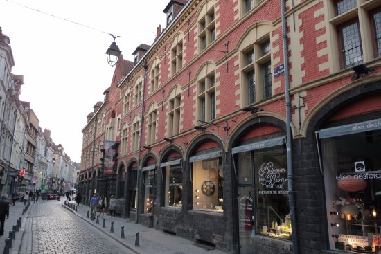 rue de la monnaie photo de vieux lille lille tripadvisor. Black Bedroom Furniture Sets. Home Design Ideas