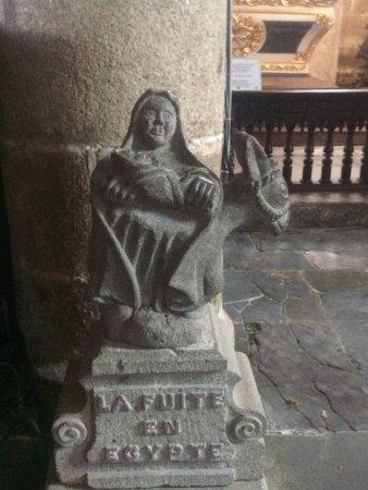 Enclos Paroissial de Guimiliau : la fuite en égypte