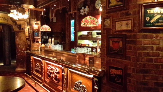 Rosie McGee's Restaurant & Bar : Another bar area
