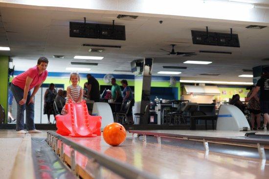 Bethalto, IL: Bowling with a Dragon!