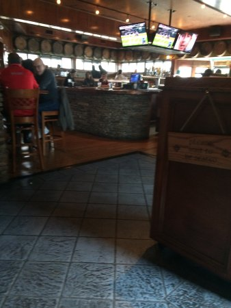 Bowling Green, OH: The central bar area