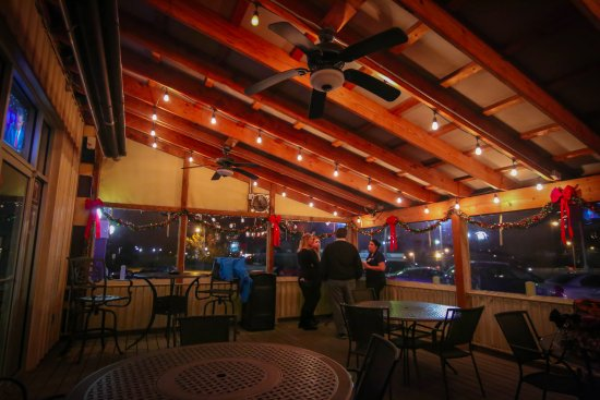 Alton, IL: Patio