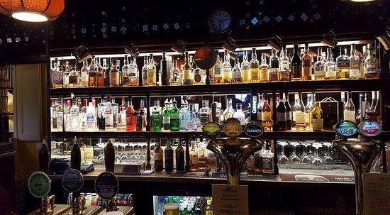 The Pheasant Inn: Bar
