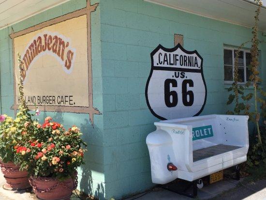 Victorville, Califórnia: Emma Jean's Entry