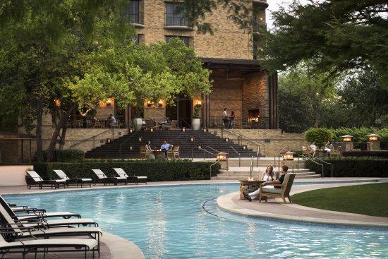 Four Seasons Resort and Club Dallas at Las Colinas: Resort Pool