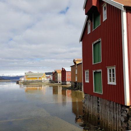 Mosjoen, Noruega: Historiske Sjøgata i Mosjøen