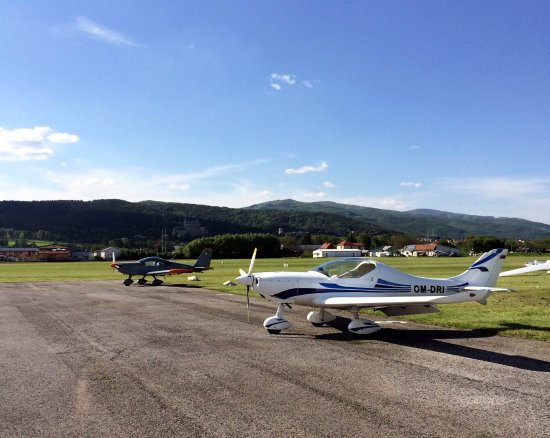 Prievidza, Slovaquie : view from Aero Rest entrance from apron