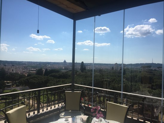 Mirabelle: Best Rome view!