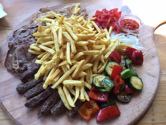 Tolmin, Eslovenia: mixed meat plate for two (even three ;) )